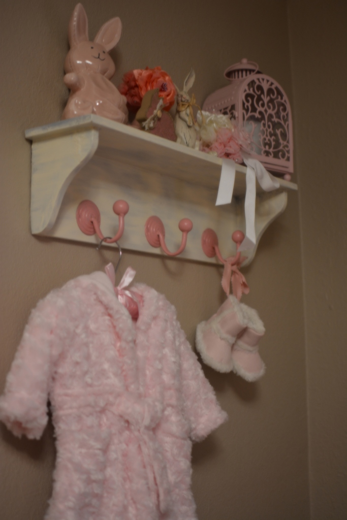 Shabby Chic Shelf 1