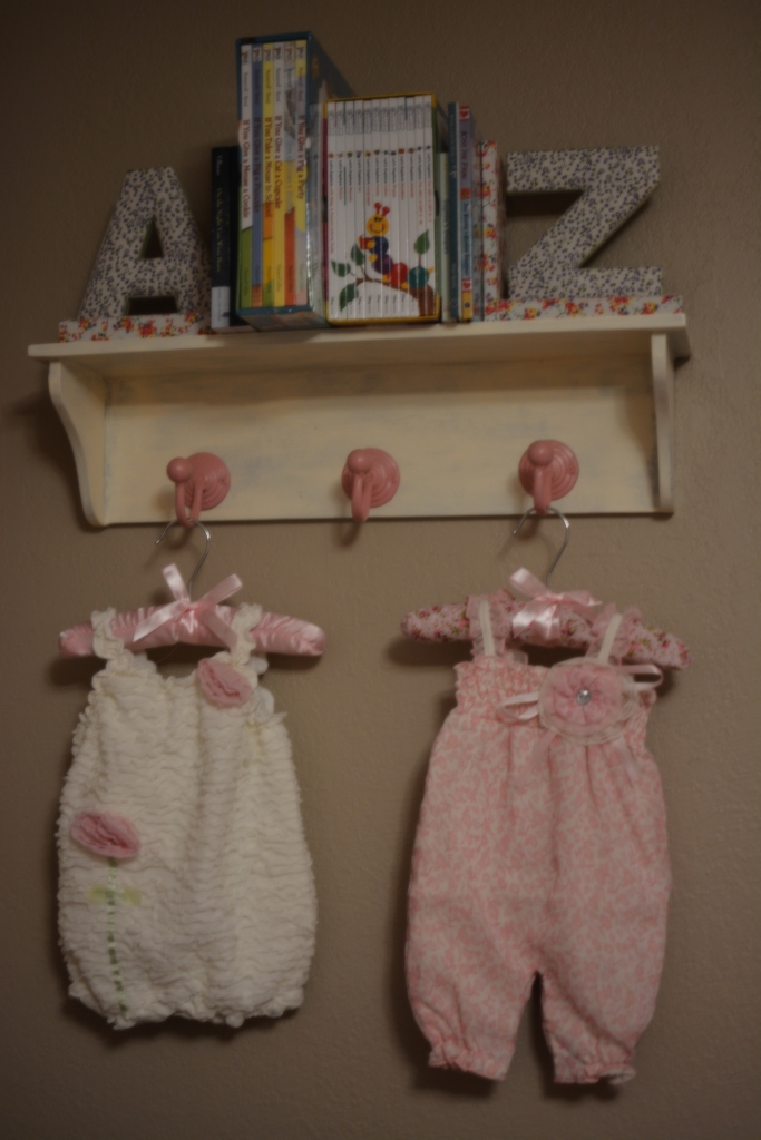 Shabby Chic Shelf 2